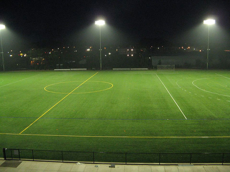 How to choose the most suitable LED stadium lights for hockey field lighting