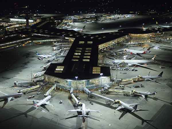 Airport Apron Flood Lighting Standards - MECREE LED