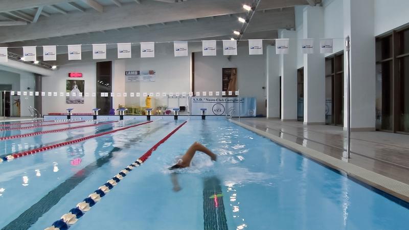 led swimming pool lighting